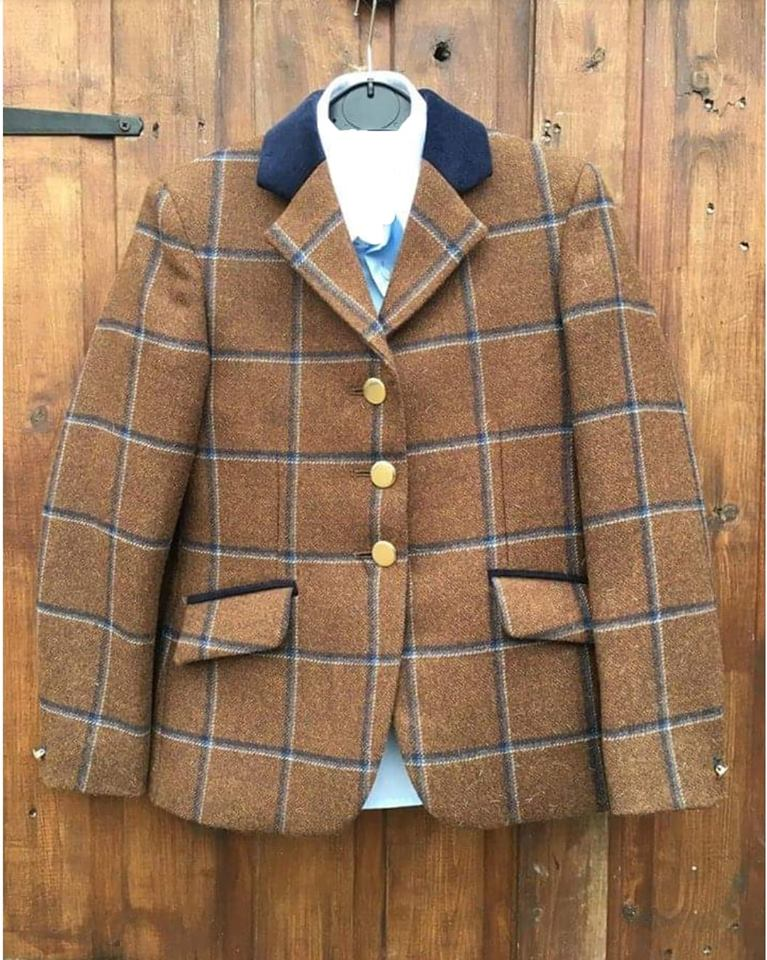 Becky Tweed – 26″ Pre-owned Jacket  * Immaculate Condition*